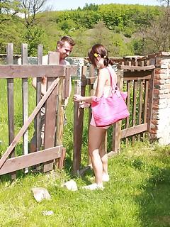 teen outdoor pics
